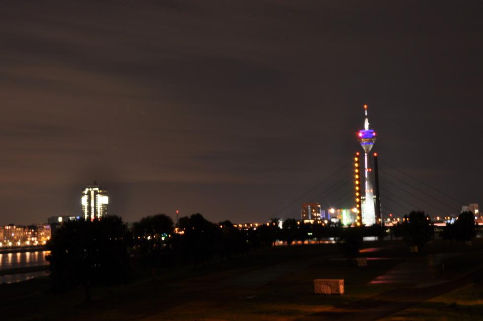 Düsseldorf's skyline at night