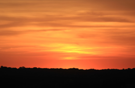 Sundown at horizon