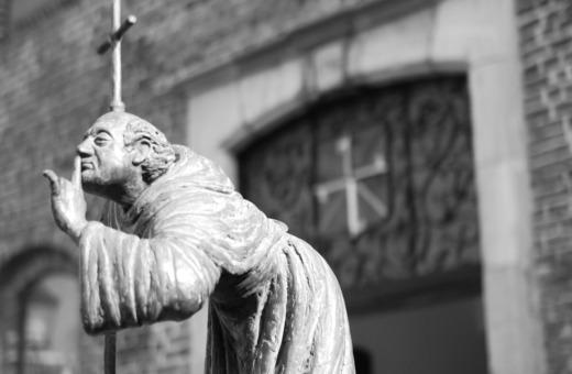 Monk sculpture in Venlo