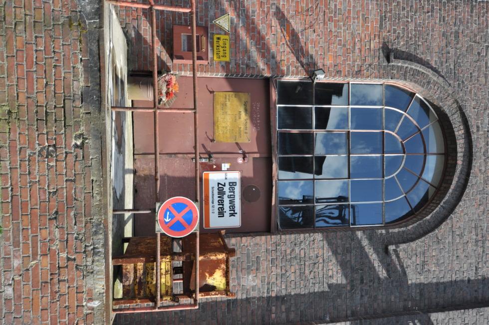 Dead mine building Zeche Zollverein