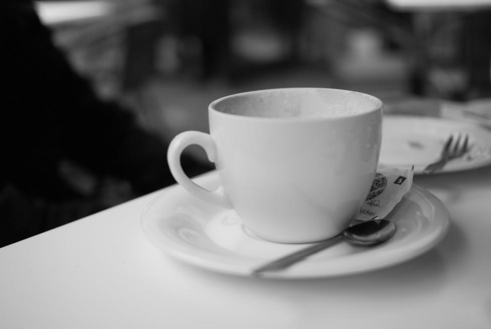 Coffe cup on café's table