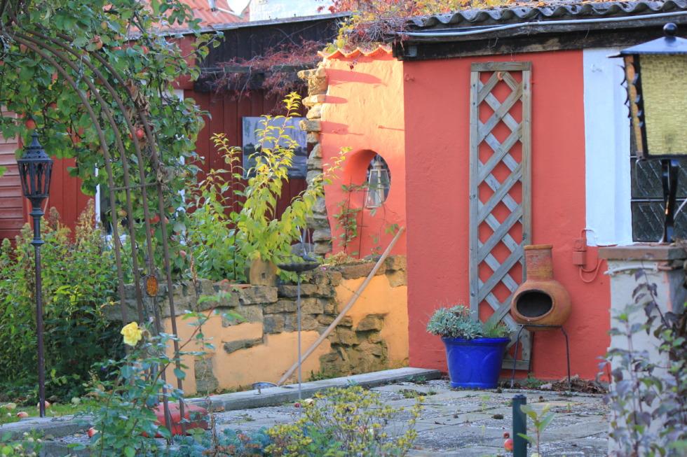 Garden in the mould of Toskana