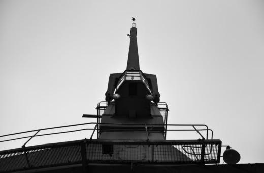 Old crane at Düsseldorf's Medienhafen