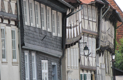 Crooked old houses in Werla