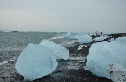 Big ice blocks at Iceland's Diamond Beach (Breiðamerkursandur)