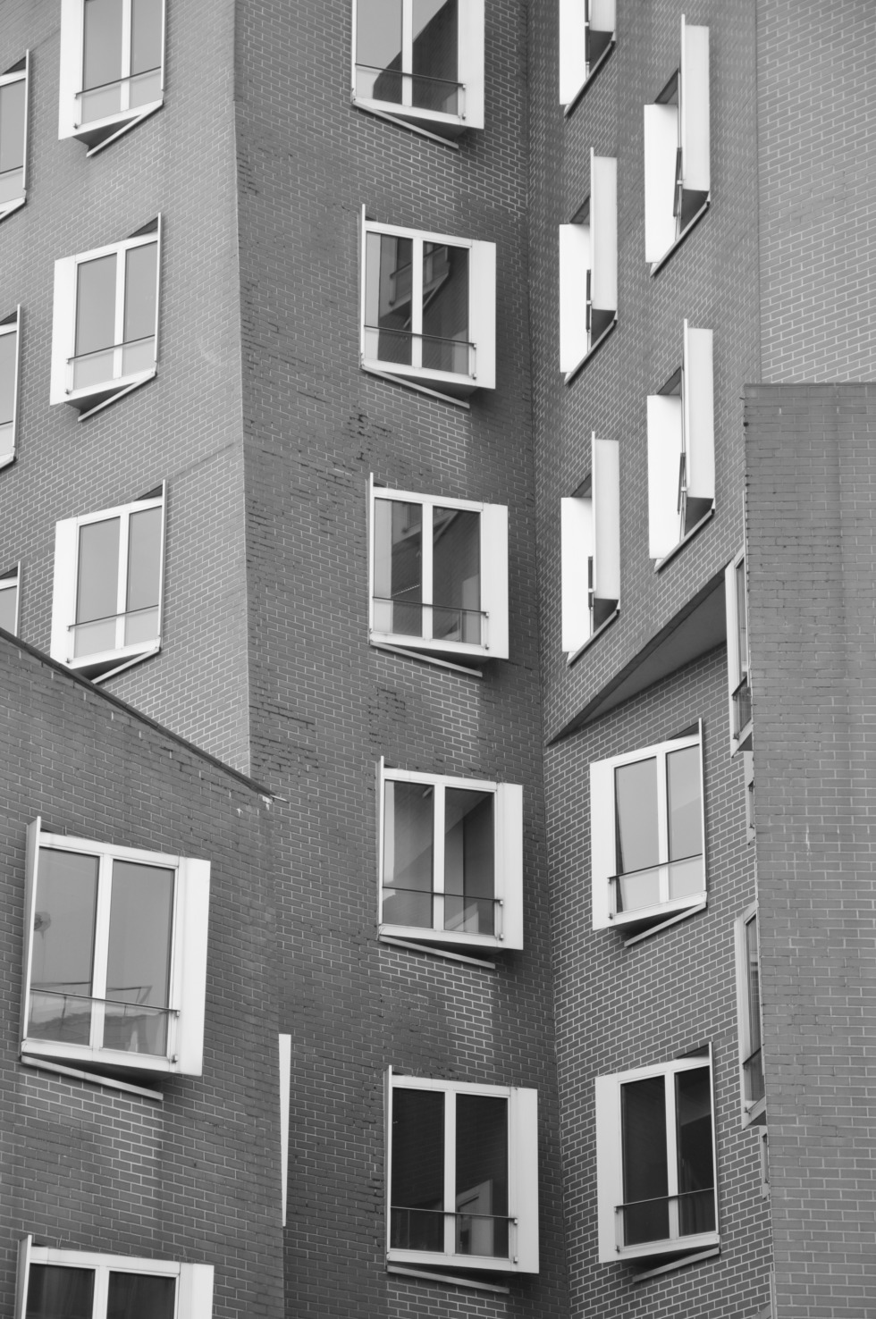 Window front of the Gehry house in Düsseldorf